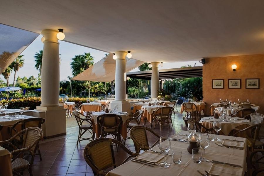 residence-per-famiglie-al-mare-in-Sardegna.jpg